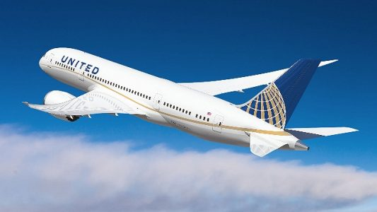 United Airlines Airplane | Teplis Travel