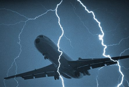 Plane Flying Around Lightning | Teplis Travel