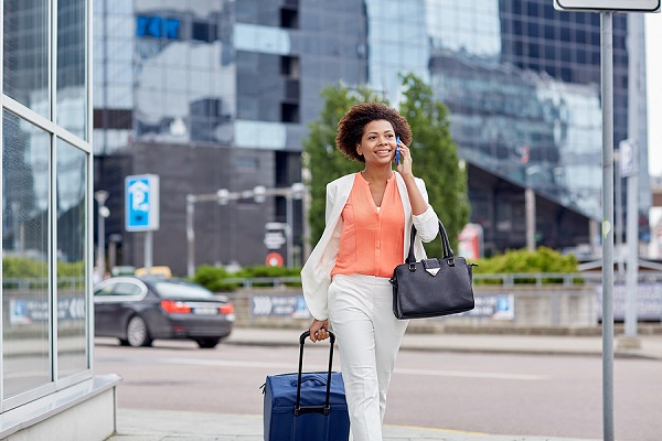 Woman Traveling in the City   Teplis Travel