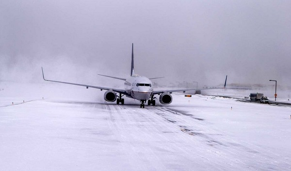 Airport Landing in Snow | Teplis Travel