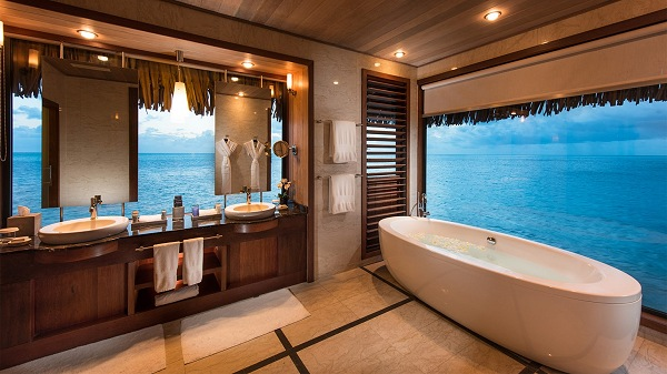 Tub in Bora Bora Resort | Teplis Travel