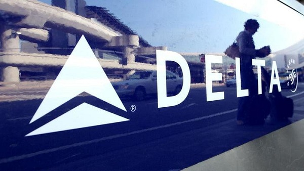 Delta Sign at Airport | Teplis Travel